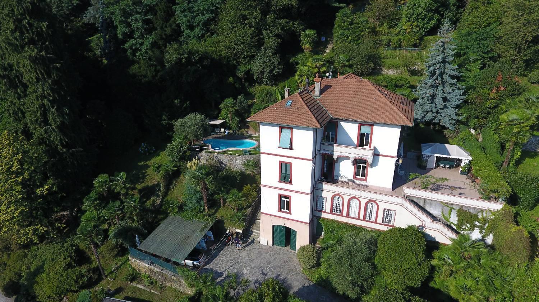 Villa in vendita a Meina, 6 locali, prezzo € 2.200.000 | PortaleAgenzieImmobiliari.it