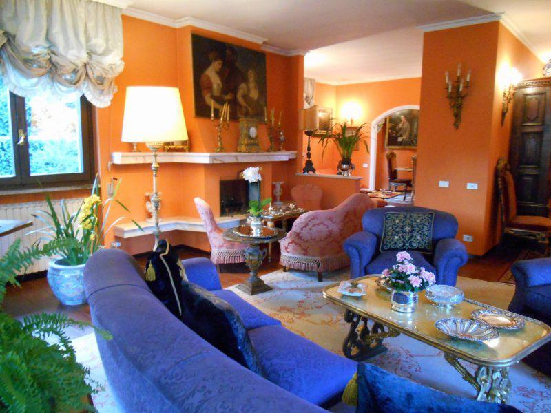 Vendita Villa unifamiliare Casa/Villa Arona 8360