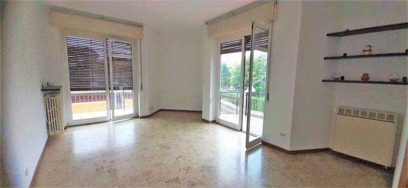 Vendita Trilocale Appartamento Arona 260395