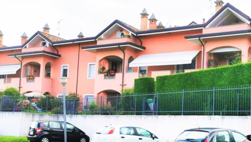 Vendita Quadrilocale Appartamento Arona 222334