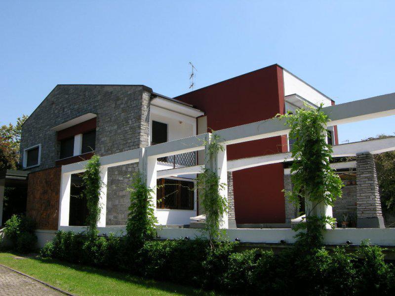 Vendita Villa unifamiliare Casa/Villa Arona 22831