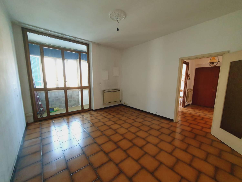 Appartamento in vendita a Senago, 3 locali, prezzo € 140.000 | PortaleAgenzieImmobiliari.it