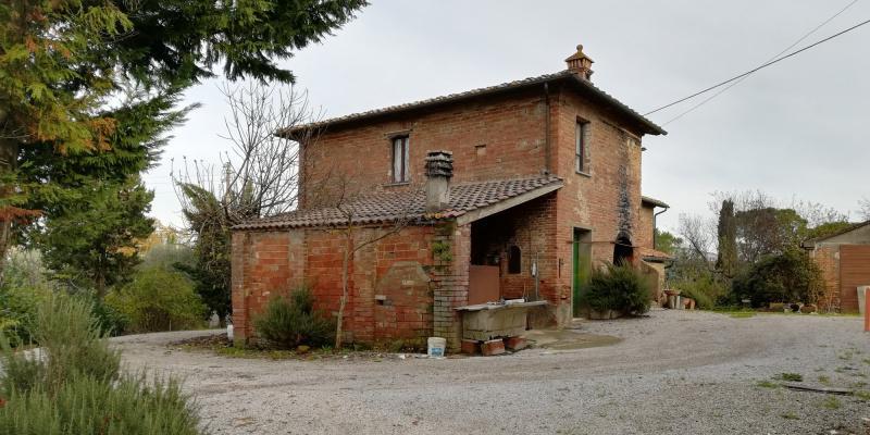 Casa indipendente in vendita a Foiano Della Chiana (AR)