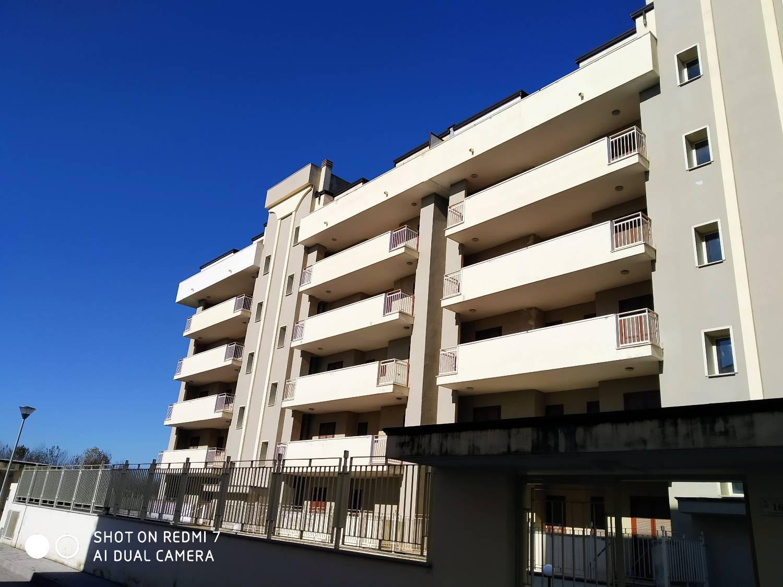 Appartamento in vendita a San Marcellino, 5 locali, prezzo € 117.000 | CambioCasa.it