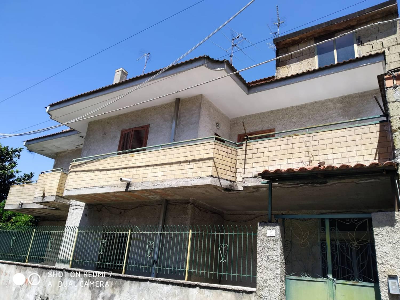 Soluzione Indipendente in vendita a Villa di Briano, 5 locali, prezzo € 260.000 | CambioCasa.it