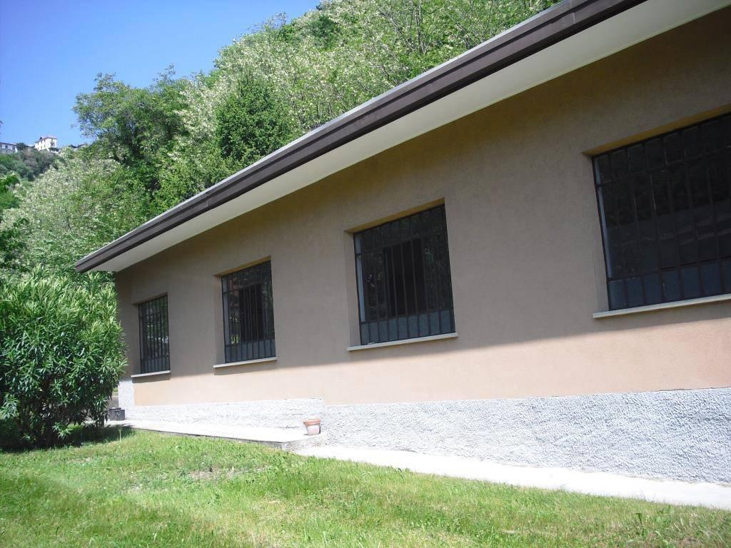 Immobile Commerciale in affitto a Ponte Lambro, 9999 locali, prezzo € 850 | CambioCasa.it