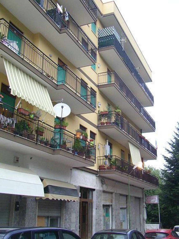 Appartamento in affitto a Avellino, 3 locali, prezzo € 410 | CambioCasa.it