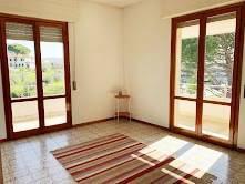 Appartamento in vendita a Vinci, 4 locali, prezzo € 178.000   CambioCasa.it