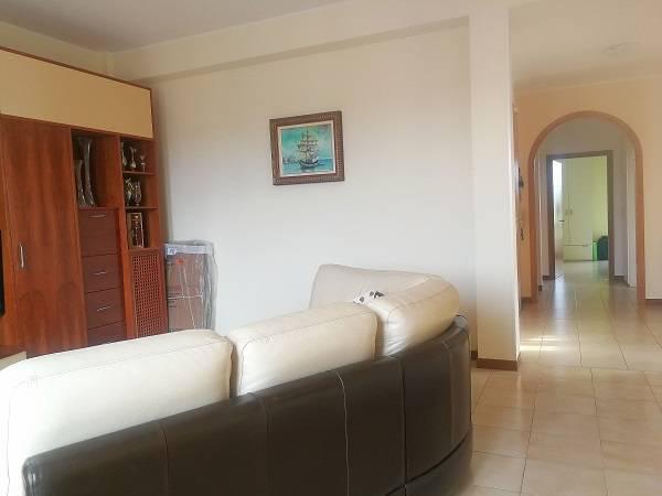 Appartamento in affitto a Empoli, 5 locali, prezzo € 800 | CambioCasa.it