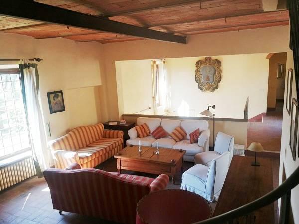 Soluzione Indipendente in affitto a San Casciano in Val di Pesa, 8 locali, prezzo € 2.200   CambioCasa.it