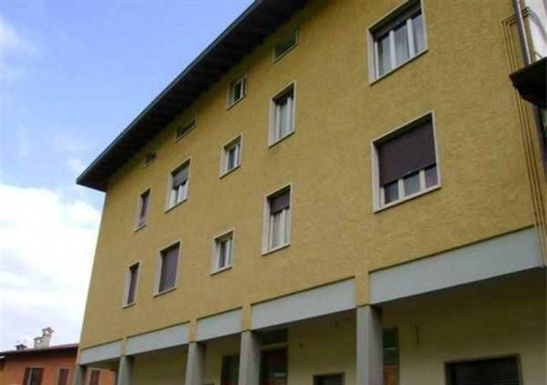 Ufficio / Studio in affitto a Clusone, 9999 locali, prezzo € 500 | CambioCasa.it