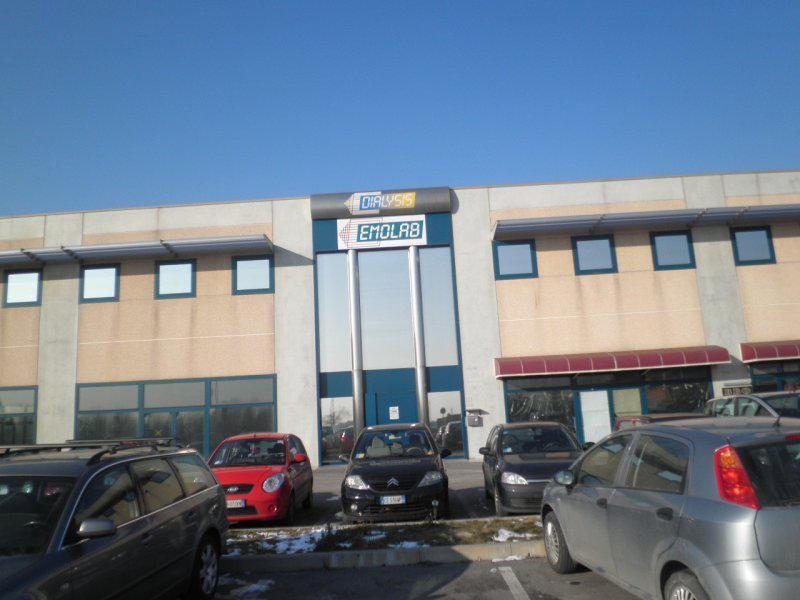 Laboratorio in vendita a Tribano, 12 locali, prezzo € 1.037.000   CambioCasa.it